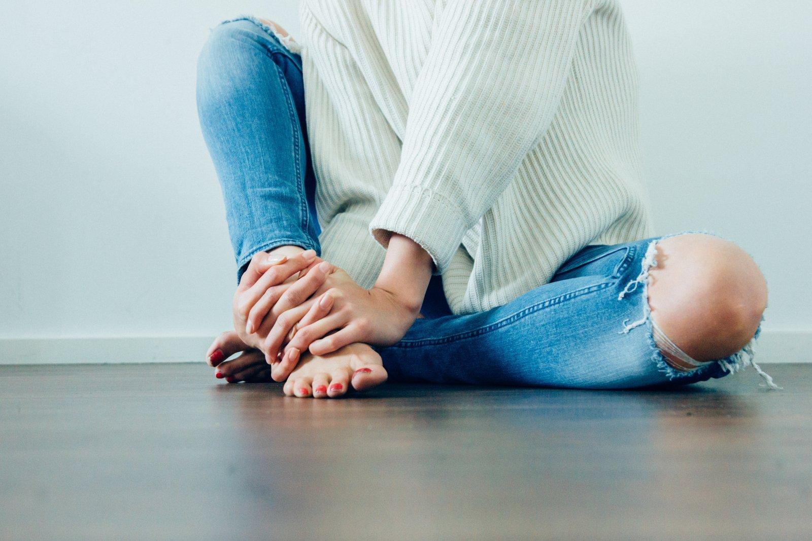 Kellele kasitseda artriit kaed tuimus valu liigestes
