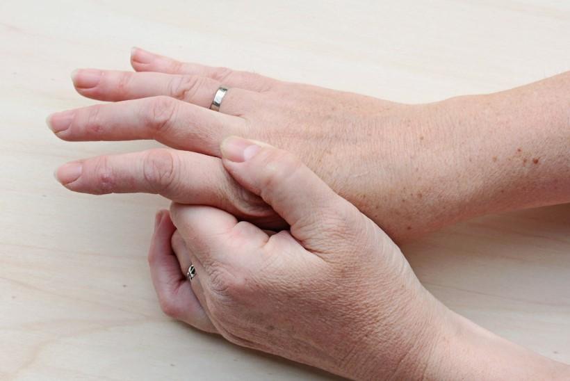 murda liigesed haigusega, mida teha Tagatud tagasi haige
