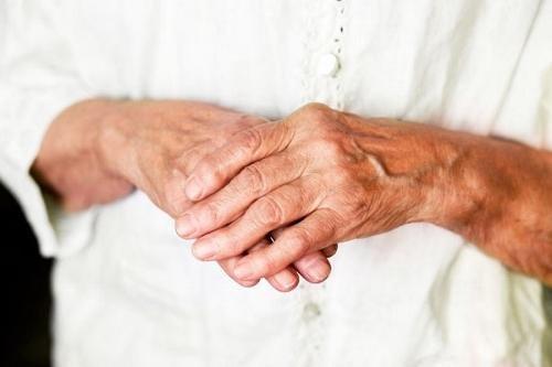 Crunch ja haiget liigesed kogu keha, mida teha Valu liigestes parast puhkust